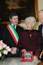 Rita Levi Montalcini con Gianni Alemanno al Campidoglio
