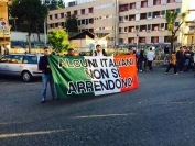 Fiaccolata e sit-in