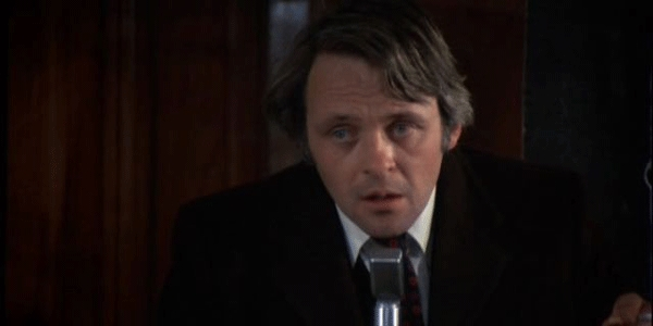 "Anthony Hopkins in ""Juggernaut"" di Richard Lester"